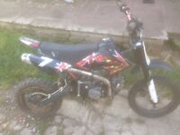 Stomp pit bike 125