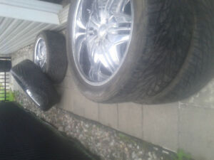 4 winter tires and  305 40 22 700$montreal9936822