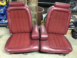 Classic Ford split bench seats