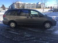 ***2005 Toyota Sienna CE Minivan, Van-7 PASSENGER-CLEAN!!****