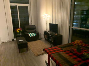 Unfurnished room with bath in Fort York
