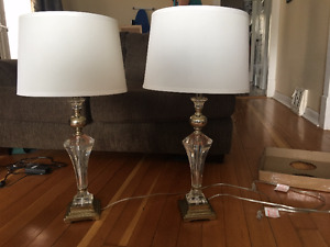 Pair of matching tri-light lamps