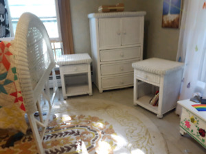 Wicker Bedroom Set | Kijiji in Ontario. - Buy, Sell & Save with ...
