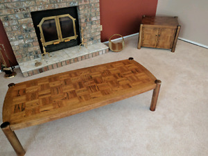 Parquet wood coffee table with end table