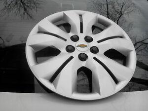 4 enjoliveurs pour pneus Chevrolet Cruze avec couvre-boulons