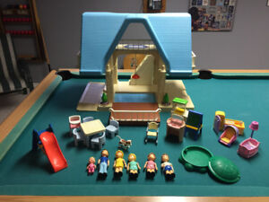 Vintage Little Tikes Dollhouse - Brampton