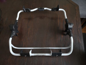 Graco Classic Connect Carseat Adapter