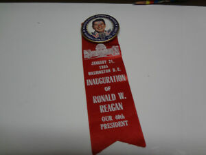 RONALD REAGAN : 40th PRESIDENT BUTTON & RIBBON
