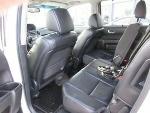 2012 Honda Pilot Touring 4WD 5-Spd AT with DVD Peterborough Peterborough Area image 16