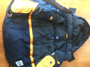 Boys size 4/5 gap  jacket/coat