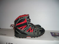 ' NIVAL '' --- winter boots / bottes d'hiver --- size 3 US / 34