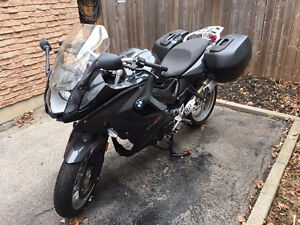 BMW F800 GT - 2014 - loaded and low km's