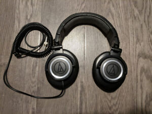 Audio Technica ATH-M50 (Studio Quality Headphones)