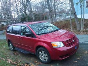 WheelChair AccessibleVan - 2010 Dodge Caravan Minivan, Van