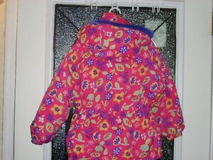 Jupa Sports - Fushia Floral Winter Jacket size  5 Kitchener / Waterloo Kitchener Area image 2