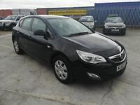 2010 (60) VAUXHALL ASTRA 1.7 EXCLUSIV CDTI 5DR