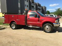 Ford F-550 XLT Super Duty Power Stroke Turbo Diesel V8 4X4
