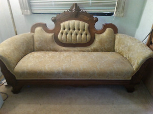 Antique Sofa -- PERFECT Size for Hallway!