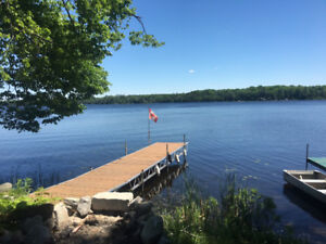 Prime Lakefront Trailer - Direct Waterfront on Crowe Lake