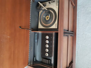 Vintage Phillip's Hi-Fi, from the late 60s.