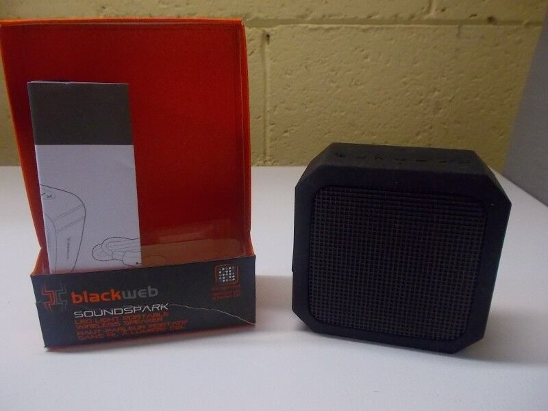 New Blackweb Soundspark LED Light Portable Wireless Speaker