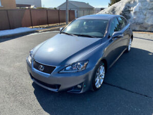 LEXUS IS250 AWD PREMIUM 2012 ''TRES PROPRE''