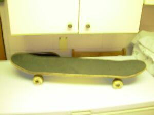 planche a roulette  skate board
