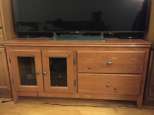 Good Quality Wood TV Stand for 150$