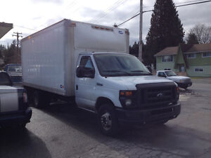 Ford E-350 Super Duty 16' feet commercial truck
