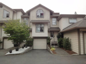 12TH MONTH FREE - Spacious Townhouse