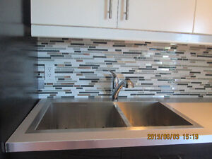 Completely Renovated 3 Bedroom Apartment- Available May1/17 Peterborough Peterborough Area image 4