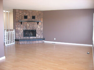 Very Large 3 Bedroom Duplex in Bower