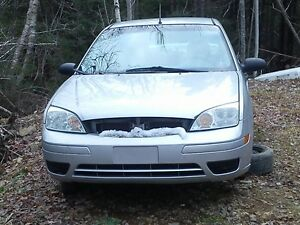 PARTING OUT 2005 FORD FOCUS S 2.0L 16V DOHC, 5 Speed Trans