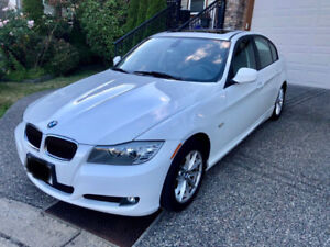 2011 BMW 323i Executive Package RWD-AT 139,000Km
