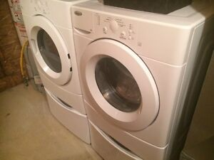 Front Washer/dryer with pedestals