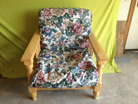 Beautiful Condition Cushioned Chair