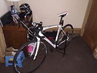 Raleigh road bike Revenio 2