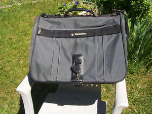 Delsey Roller bag, Garment bag and briefcase London Ontario image 8