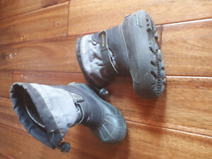 Toddler boys winter boots and rain boots