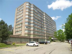 Spacious & Clean 2 Bed Condo - Pool, Excercise Room