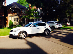 2015 Infiniti QX50 SUV, Crossover -VERY LOW KMS Lease Take Over