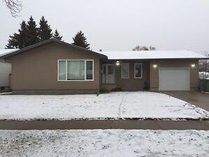 House For Rent - AB side