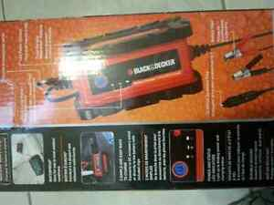 Black and Decker Full Auto Smart Battery Charger  NIB