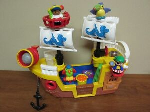 Gros bateau sonore Little people 4 figurines d'origines + 5 Acc.