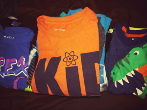 Boys t-shirt Size 4/4t