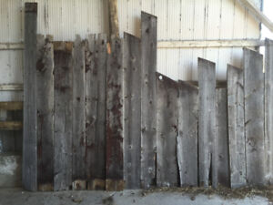 ANTIQUE RUSTIC BARNBOARD FROM CENTURY WOOD BARN