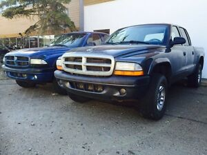 2003 Dodge Dakota Crew Cab V6 4x4 only 168 000kms!