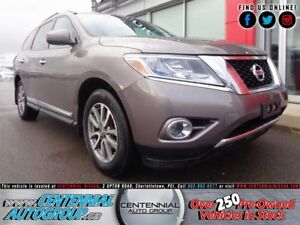 Nissan Pathfinder SL | 4x4 | Leather | Bluetooth | Heated Seats