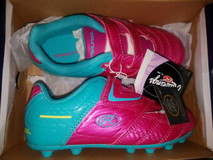 Brand new size 1 rawlings soccer cleats