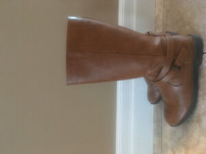 Fall Boots Size 4